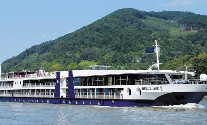 Rhein-Flussfahrt